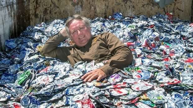 Can-do guy to give recycling funds to charity